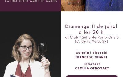 Isabel-Clara Simó fa una copa amb els amics